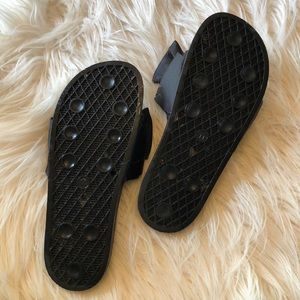 Mossimo Supply Co. Shoes - Mossimo Knotted Bow Slides